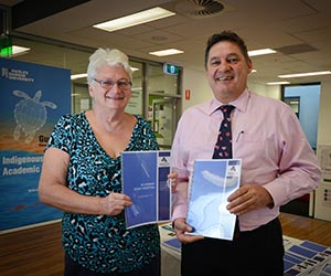 The ACIKE Academic Essay Writing Resource aims to assist Indigenous students. From left: ACIKE Staff Development Officer Lesley MacGibbon and Pro Vice-Chancellor Indigenous Leadership Professor Steven Larkin