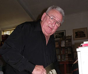 Former NT Administrator Ted Egan AO has paid tribute to one of the NT's greatest heroes