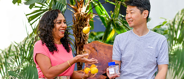Dr Vinuthaa Murthy and Dr Hao Wang developed a scent profile to detect citrus canker disease