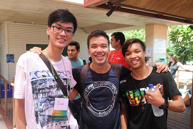 Students Trong Duc Chan, Pov Sok and Brianne Santos