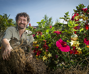 CDU horticulturalist Scott McDonald suggests Top End residents tend to their gardens over the wet season