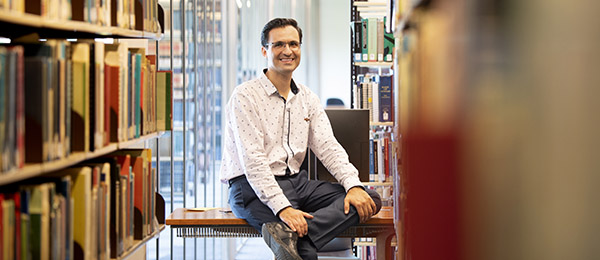 Speech and Language Therapy Lecturer Dr Hamid Karimi will guide the student delivery of speech pathology services