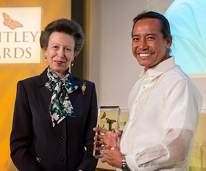 Her Royal Highness Princess Anne with RIEL PhD candidate Jayson Ibanez