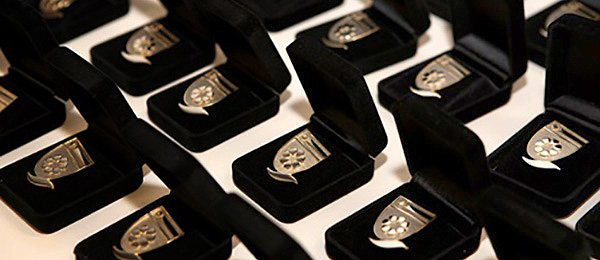Valedictory pins
