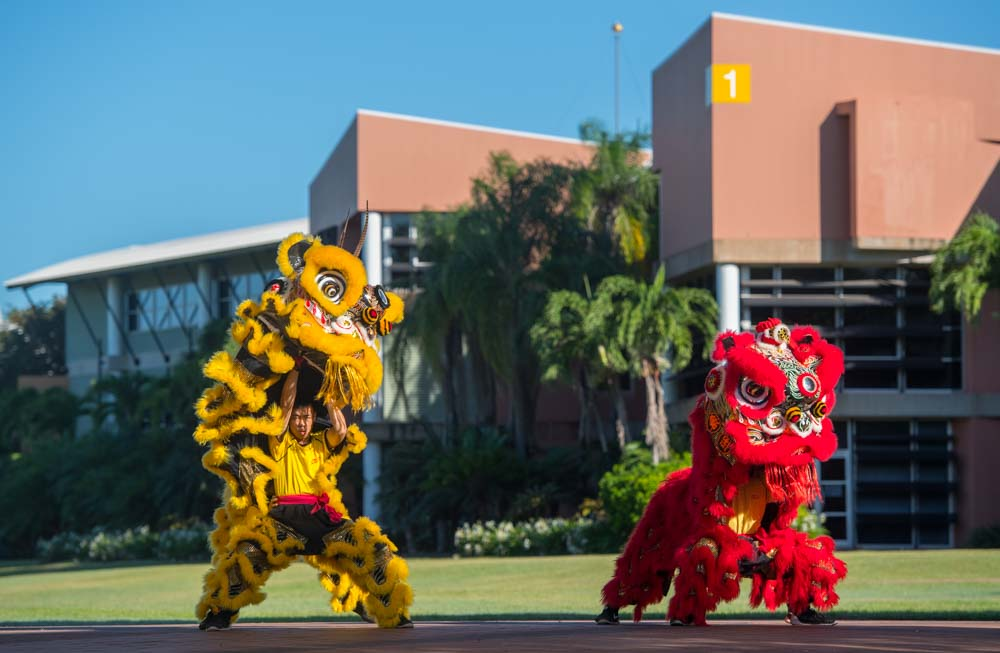 The Chung Wah Society's Lion Dance Troup welcomes international students to Darwin