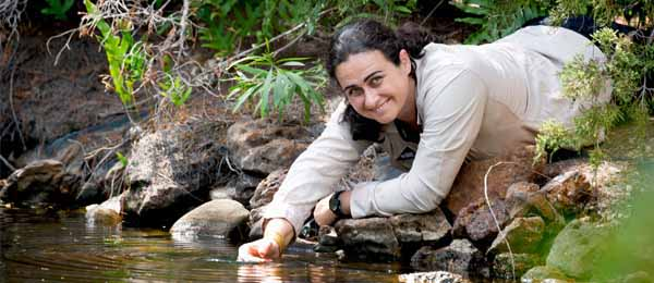 Dr Carla Eisemberg has won the Northern Territory Young Tall Poppy Science Award for 2020