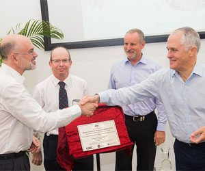 Menzies School of Health Research Director Professor Alan Cass, Charles Darwin University Vice-Chancellor Professor Simon Maddocks, Northern Territory Minister for Health John Elferink and the Honourable Malcolm Turnbull, MP, Prime Minister of Australia.