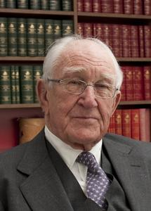 The Honourable Malcolm Fraser AC CH will give the keynote presentation at CDU's Defending Australia Symposium