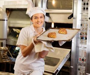 Misha Kostkova aspires to be a high end pastry chef