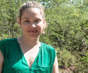 CDU student Anita Maertens: What attracts people to the NT?