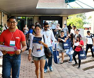 Hundreds of students will attend Orientation at Charles Darwin University this week